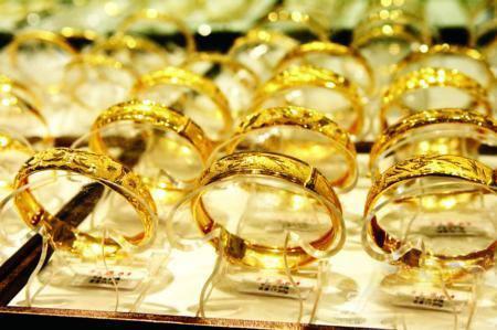 黄金首饰会褪色吗,黄金首饰褪色的原因有哪些