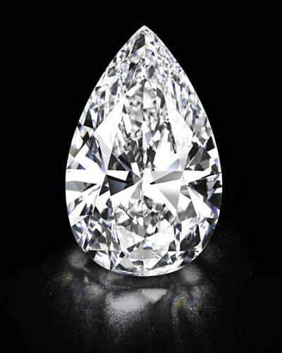 最大D色无瑕101.73克拉钻石