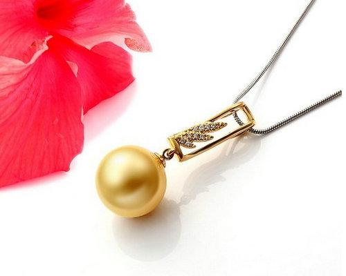 欧宝丽珠宝雅致系列金色珍珠吊坠